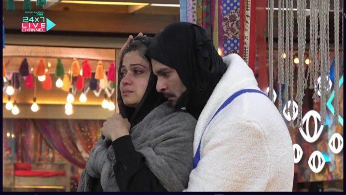 Raqesh Bapat and Shamita Shetty in statue task